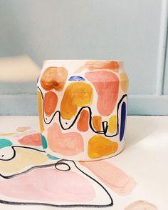 Shopping femmes on vous aime – Ceramic painting Pottery Painting Designs, Pottery Designs, Pottery Ideas, Keramik Design, Keramik Vase, Design Blog, Design Art, Print Design, Modern Ceramics