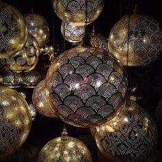While walking through Istanbul, Kit saw some beautiful lamps. #takenbyesplanade #Turkey #Istanbul #lamp #travelbucketlist #travel #bucketlist #wanderlust