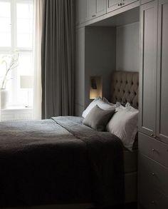 Hotel Room Design, Room Design Bedroom, Closet Bedroom, Bedroom Storage, Bedroom Inspo, Dream Bedroom, Home Bedroom, Bedroom Furniture, Bedroom Decor