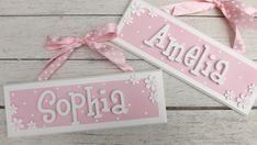 Girls Border Whimsical Daisy Name Plaque/Sign. personalised, wooden, bedroom,door,nursery, spotty, polka dot