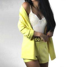 Two Piece Blazer + Shorts Casual Blazer Women, Blazers For Women, Spring Fashion, Autumn Fashion, Blazer And Shorts, Short Suit, Office Attire, Fashion Outfits, Fashion Trends