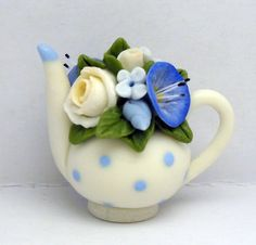 1/12TH scale - romantic chic floral teapot  BY LORY. €23.00, via Etsy.