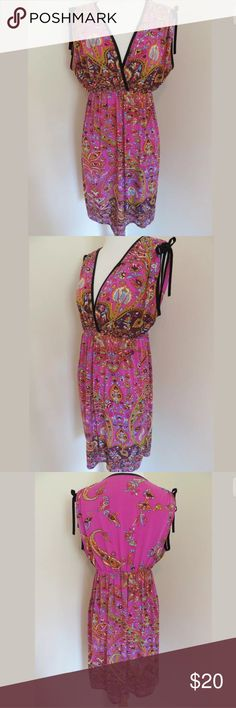 Boho dress Fabric Content: 90% Polyester, 10% Spandex Waist: 43 Bust: 40 Length Shoulder to Hem: 36.5 A2223 Happie Dresses