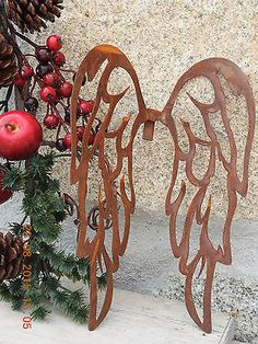 Edelrost Wing for hacking pattern Christmas advent decoration metal garden Metal Sculpture Wall Art, Diy Wings, Metal Garden Art, Scroll Saw Patterns, Yard Art, Wood Crafts, Painted Furniture, Craft Projects, Welding Projects