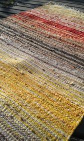 Weaving Textiles, Tapestry Weaving, Loom Weaving, Hand Weaving, Basket Weaving Patterns, Homemade Rugs, Rug Inspiration, Weaving Projects, Cool Rugs