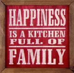 Nothing makes me more happy than cooking in the kitchen with family! Then, ofcourse, eating together in the dining room!