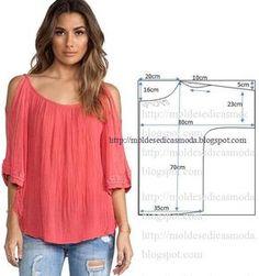 """Blusa descontraída, fácil de modelar e costurar. Esta blusa foi costurada com """"chiffon plissado"""" mas se pretender pode usar outro tipo de tecido. Este mode"""