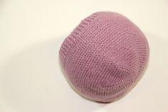 DIY Tejer: Cómo hacer capotas de punto para bebés | Manualidades Diy Crafts, Angeles, Ideas, Beanie Babies, Wool Hats, Baby Tops, Weaving, How To Make, Crocheting