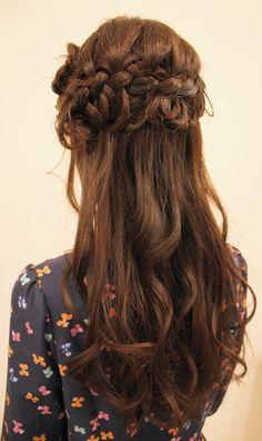 パーティーならこれ!ダウンスタイルのかわいい髪型集の9枚目の写真
