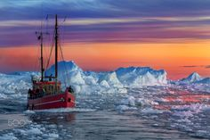 Fire and ice - Ilulissat - Greenland - null