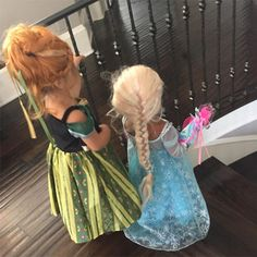 How cute are Penelope Disick and North West as Princess Anna and Queen Elsa from Frozen on Halloween??