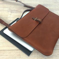 Bleu de Chauffe bag. Leather Laptop bag. Men's bag. Macbook 13 ´´ / sleeve / protection