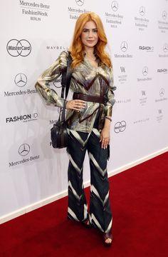 Palina Rojinski bei der Schau von Pearly Wong (Berlin Fashion Week)