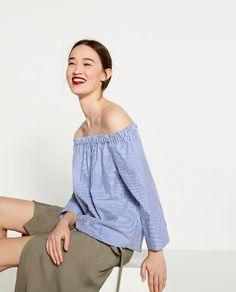 Image 2 of STRIPED OFF-THE-SHOULDER POPLIN TOP from Zara