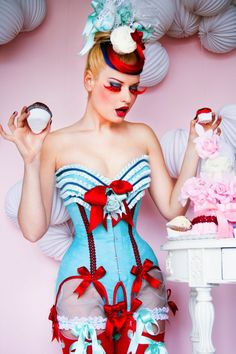 Yummy red and baby blue contrast. The corsetier: http://mayahansen.com/