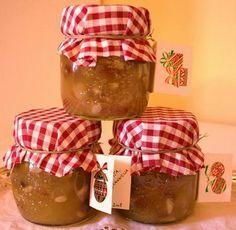 confettura di mele, pinoli e uvetta e cannella, ottima per strudel