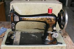 Sewing Machine - Singer Model 27
