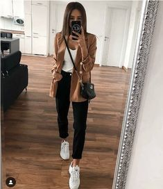 casual wear discovered by Just trendy girls on We Heart It Casual Work Outfits, Mode Outfits, Classy Outfits, Chic Outfits, Trendy Outfits, Work Casual, 2000s Fashion, Fashion Mode, Look Fashion