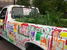 A Pickup Truck Grows an Educational Mini-Farm - what a really cool way to teach kids about where REAL food comes from