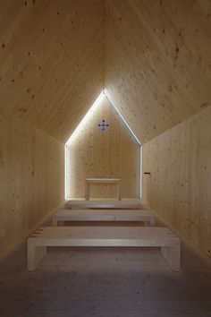 Simple & elegant. Love the light at the end of the tunnel.