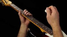 Beginner Blues Guitar Lesson - Lead Guitar Tricks and Licks in E (Fancy playing made easy! Blues Guitar Lessons, Electric Guitar Lessons, Guitar Lessons For Beginners, Guitar Solo, Music Guitar, Playing Guitar, Acoustic Guitar, Learn Guitar Chords, Learn To Play Guitar