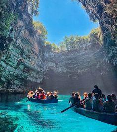 Greece Culture, Stunning View, Beautiful Scenery, World View, Samar, Summer Photos, Greece Travel, Greek Islands, Vacation