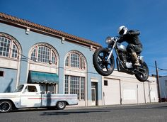 Motorcycle wallpaper: Ray Gordon