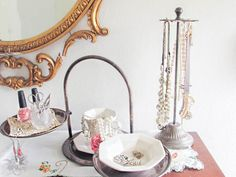 Orgainzing Jewelry with Vintage Finds Unique Jewelry Organization - Pocketful of Posies
