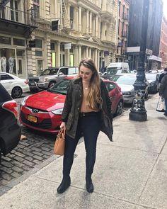 instagram @annamae.yt barbour jacket tory burch bag  New York preppy style preppy outfits Preppy Outfits, Classic Outfits, Preppy Style, Classic Style, Barbour Jacket, Tory Burch Bag, Warm, Winter, How To Wear
