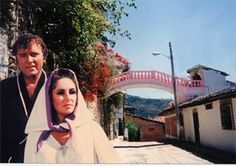 Elizabeth Taylor and Richard Burton at Casa Kimberley in Puerto Vallarta.