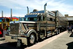 Eric Bates uploaded this image to 'Trucks/Peterbilt'.  See the album on Photobucket.