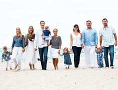 DAVIS/OLSON FAMILY {laguna beach family photographer} Are all of our kids too big for this pose. Love itAre all of our kids too big for this pose. Extended Family Photos, Family Beach Pictures, Family Images, Beach Photos, Family Pics, Big Family, Family Shoot, Family Photo Sessions, Family Posing
