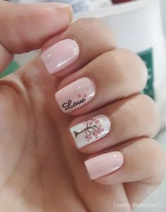 35 Beautiful Pink Nail Designs Trying to find new and colorful nail art designs can be a struggle. Trying to think of original ideas is time-consuming, especially in summe Pink Nail Designs, Short Nail Designs, Nail Polish Designs, Stylish Nails, Trendy Nails, Cute Acrylic Nails, Cute Nails, Hair And Nails, My Nails