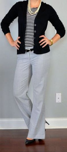 outfit posts: striped shirt, black cardigan, grey 'editor' pants - business professional outfits for interview Outfit Posts, Outfit Work, Grey Pants Outfit, Outfits With Gray Pants, Daily Outfit, Shirt Outfit, Shirt Dress, Brown Pants Outfit For Work, Stripes