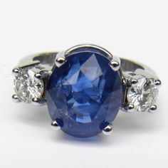 Composition: White Gold 18K Primary Stones: Natural Untreated Ceylon Sapphire Total Sapphire Weight : 10.23 Carats HUGE Sapphire Measurements: 11.81mm x 10.05mm x 9.03mm Sapphire Cut : Oval Faceted Cu
