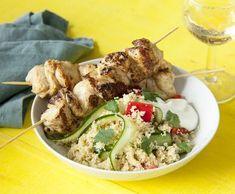 Kuřecí špízy skuskusem | Recepty Albert Chicken, Meat, Food, Essen, Meals, Yemek, Eten, Cubs