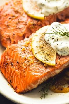 Easy, healthy baked salmon with creamy lemon dill sauce is a tasty 30 minute meal with simple ingredients and incredible flavor. These days I'm eating salmon weekly at the very least. Dill Sauce For Salmon, Baked Salmon Lemon, Lemon Dill Sauce, Butter Salmon, Baked Salmon Recipes, Salmon With Creamy Dill Sauce Recipe, Sauce For Grilled Salmon, Lemon Butter, Potatoes