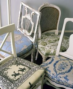different chairs look so cool