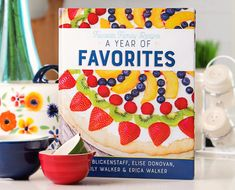 Favorite Family Recipes is your home for over 1000 Dinner, Dessert, Instant Pot, Slow Cooker, and Copycat Recipes! Making food & making memories since Family Recipes, Family Meals, Kid Meals, Parmesan Squash, Marinated Cucumbers, Nothing Bundt Cakes, Fried Apples, Baked Cod, Macaroni Salad