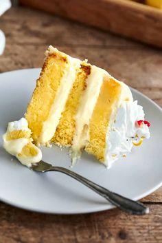 keto lemon cake Cake Recipes, Dessert Recipes, Keto Recipes, Keto Foods, Keto Snacks, Delicious Recipes, Healthy Recipes, Healthy Treats, Healthy Desserts