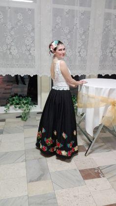 Outfit - Outfit tvorí čipkovaný top a široká sukňa.Všetko je ručná práca.Moja... - Módnípeklo.cz Tulle, Outfit, Skirts, Fashion, Outfits, Moda, Fashion Styles, Tutu, Skirt