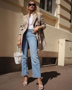 47b36faf2fc The New Sandal Style Everyone Is Wearing With Jeans. Blazer OutfitsChic ...