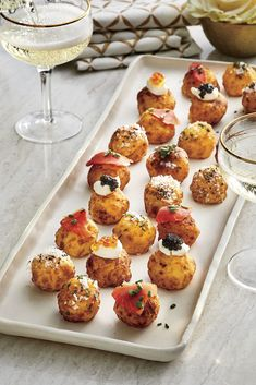 Potato Appetizers, Popular Appetizers, Appetizers For A Crowd, Appetizer Recipes, Party Appetizers, Party Snacks, Thanksgiving Appetizers, Christmas Appetizers, Appetizer Dips