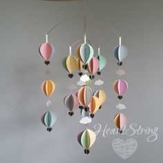 hot air balloon mobile - pastels- large ⋆ HeartString