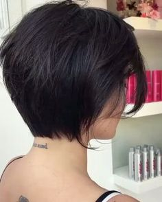 60 Inspiring Long Bob Hairstyles and Long Bob Haircuts for 2019 in 2020 Short Bob Haircuts, Long Bob Hairstyles, Pretty Hairstyles, Medium Hair Cuts, Short Hair Cuts, Short Hair Styles, Beautiful Haircuts, Short Brown Hair, Hair Images