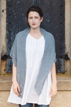 breaking waves designed by paulina popiolek / from the summer ebbs collection / in quince & co. tern, color stonington