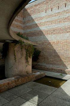 Sculpture Garden  Carlo Scarpa 1952  Venecia Italy