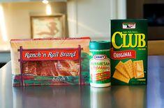Bacon saltine sncks by Ree Drummond / The Pioneer Woman, via Flickr