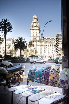 Montevideo mit Blick auf den Plaza Indepedencia