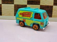 Reciclando Conhecimento: Maquina de Misterio do Scooby Doo Hot Wheels